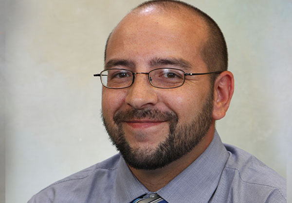 Daniel J Hamrick